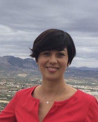 Almudena Prieto, psicóloga, centro de psicología y terapia craneosacral en Granada